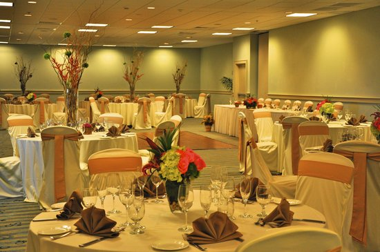 Blu Restaurant & Bar: Blu Caters Group Functions