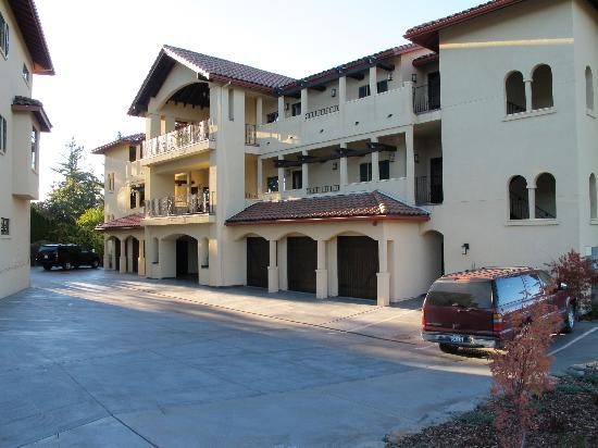 Columbia Cliff Villas Hotel: The building - Columbia Cliff Villas