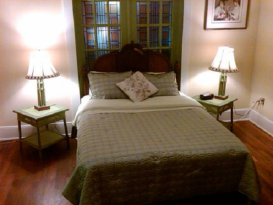 Robin S Nest Bed And Breakfast Inn Rustic Bedroom