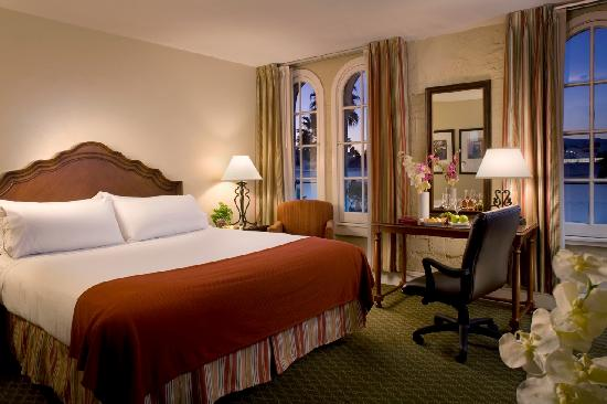 Holiday Inn Express Santa Barbara: King Room with French Windows and a City View