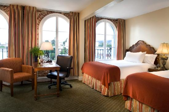 Holiday Inn Express Santa Barbara: Two Queen Beds and a City View