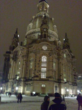 frauenkirche picture of vienna house qf dresden dresden tripadvisor. Black Bedroom Furniture Sets. Home Design Ideas