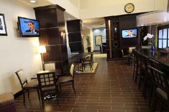 Hampton Inn & Suites Carlsbad: Breakfast Area