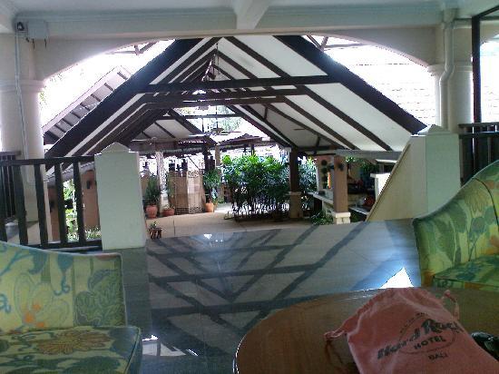 D'Feringghi Haus: hotel lobby