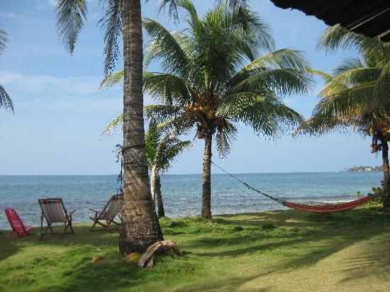 Big Corn Island, Nicaragua: The view from our bungalow
