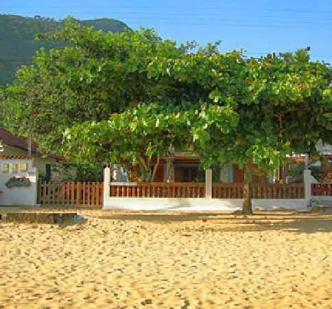 Pousada Manaca Inn: Front view of the pousada