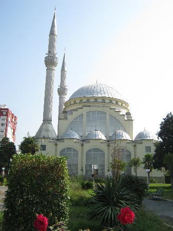 Shkoder, Albanie : シュコダルのイスラム教のモスク