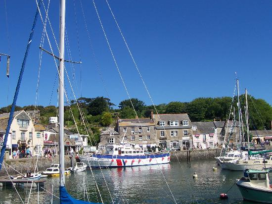 Padstow Harbour: The harbour on a summers day