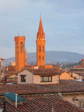 Hotel Medici: Tour du Barcello et Santa Croce