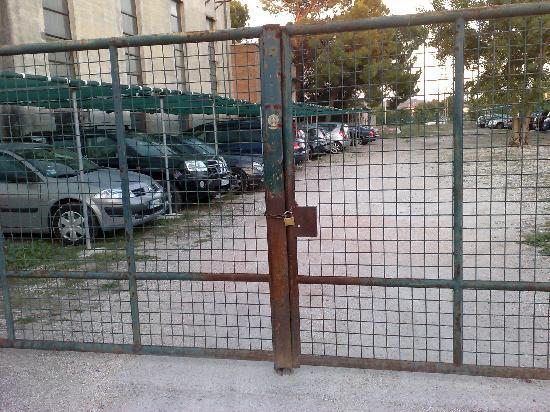 Gabicce Mare, Italien: il comodo parcheggio