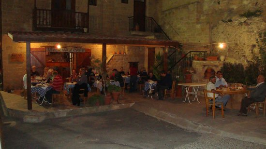 The restaurant opposite the Church in Tochni
