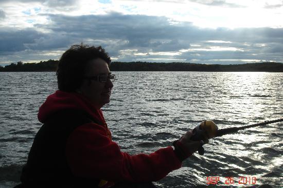 Stone Creek Lodge: Lynn Fishing