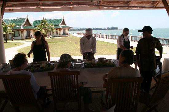 Andaman Princess Resort & Spa: Cooking class!