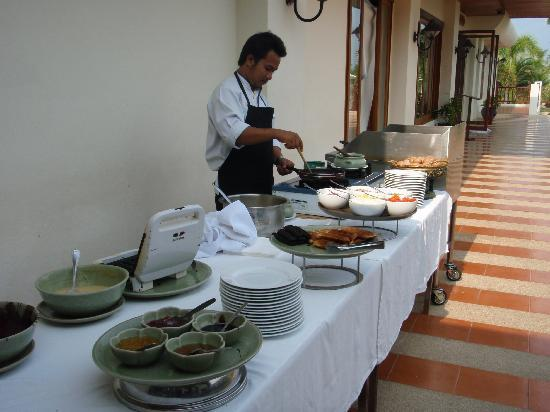 Andaman Princess Resort & Spa: For breafast: Waffles, omelets and eggs any style :-)