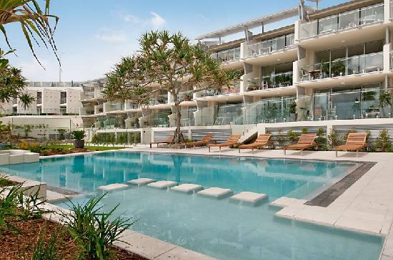 Fairshore Beachfront Apartments: Fairshore Noosa Beachfront Apartments