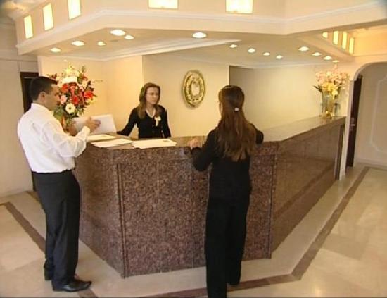 Kirsehir, Türkei: coskuntuna hotel reception