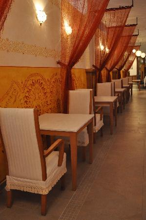 Excellence Playa Mujeres : Basmati Resturant - view of dining area
