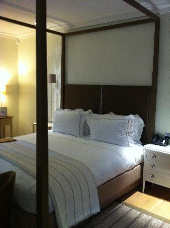 Coworth Park - Dorchester Collection: The Stables - Room
