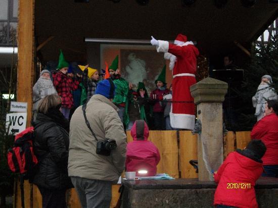Gästehaus Loreley: Weihnachtsmann mit seinen Wichteln