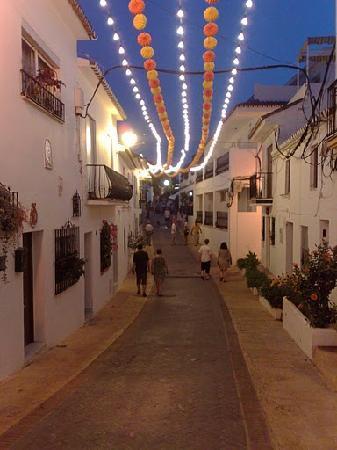 Benalmadena, İspanya: Benalmadéna pueblo