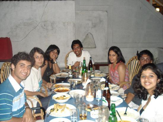 The Hoka Island Villa: All of us at the restaurant.