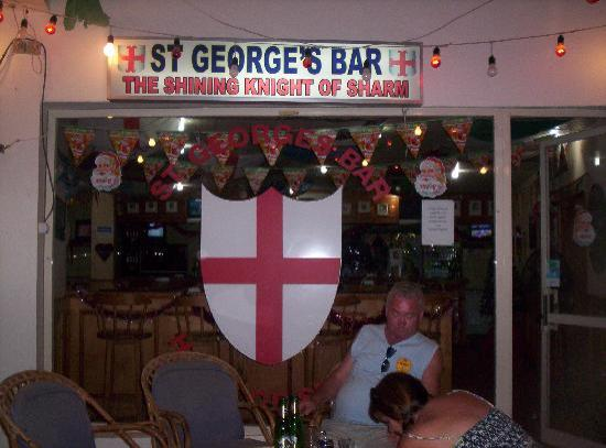 St George's Bar: relaxing outside st georges