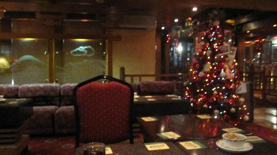 Frodsham, UK : Waiting area at Christmas 2010