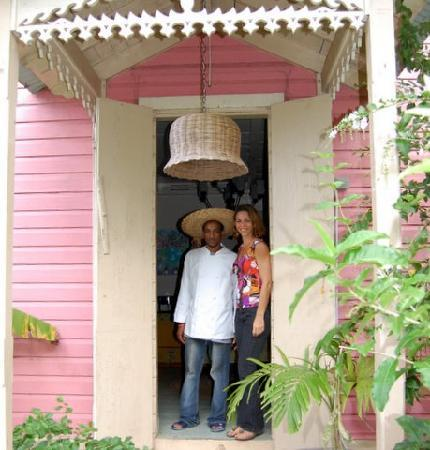 The Pink Plantation House: Michelle Elliot and one of her employees.