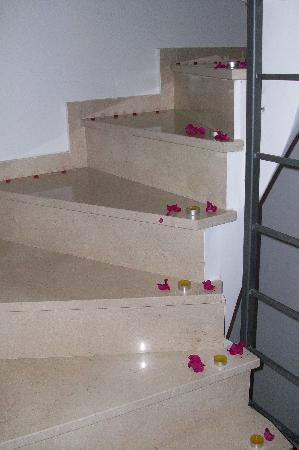 Elounda Solfez Villas: stairs to heaven...