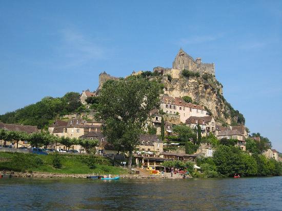 La Lanterne : Kayaking on the Dordogne