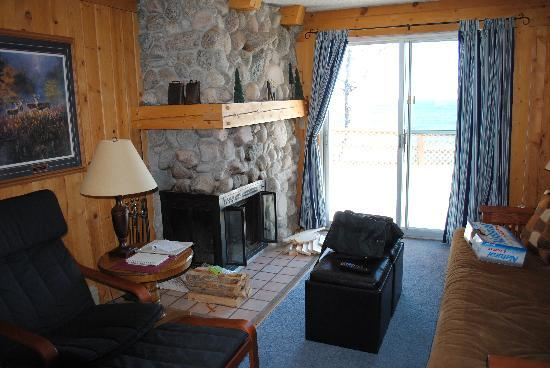 Chateau LeVeaux on Lake Superior : Inside of suite 15