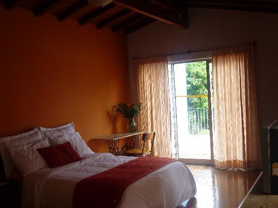 Hotel San Lorenzo de Ana: HABITACIONES