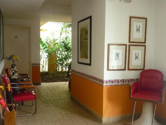 Hotel San Lorenzo de Ana: PASILLOS