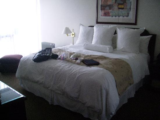 Thunderbird Hotels Fiesta Hotel & Casino: Dormitorio