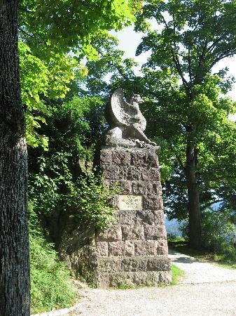 Schlossberg: Denkmal