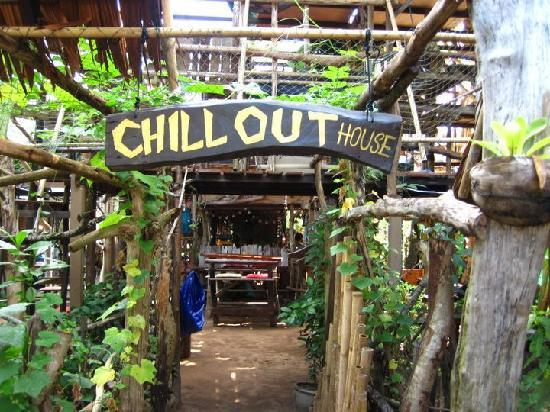 Chill Out House : West gate entrance