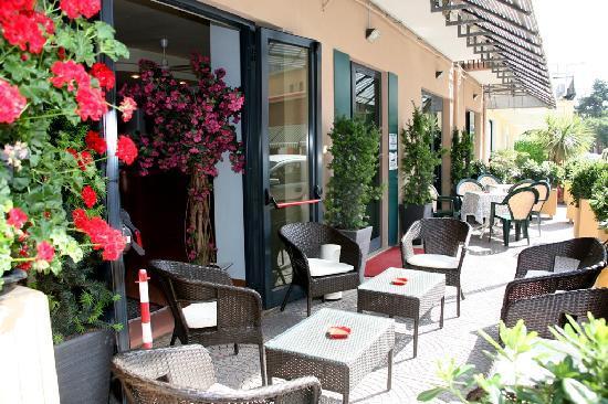 Photo of Hotel Losanna Rimini