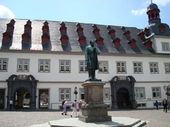Coblenza, Germania: 市庁舎