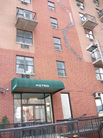 Metro Apartments: Aussenansicht