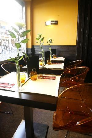 Apolo Cafe & Restaurante: Zona de barra