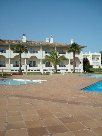 Colina Verde Aparthotel & Golf: Zwembad Colina Verde