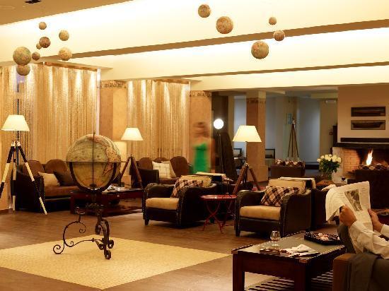Belle Helene: Lounge