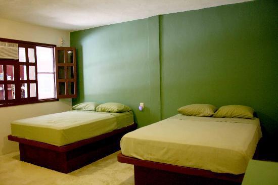Chalupa Hostal : habitaciones privadas