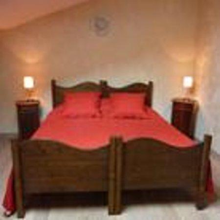 Des lits sur la place