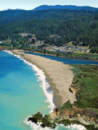 Breakers Inn: Breakers from Gualala Point
