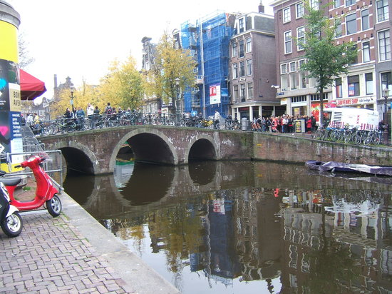 SANDEMANs NEW Europe - Amsterdam: Canal walk