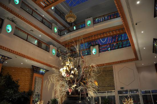 Crowne Plaza Resort Salalah: Crowne Plaza Lobby