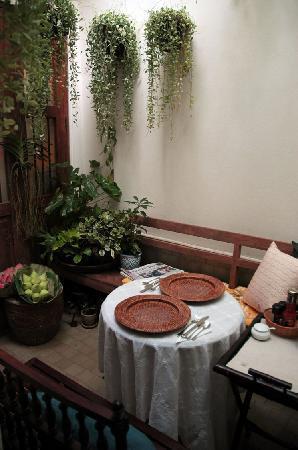 The Bhuthorn: Courtyard Garden