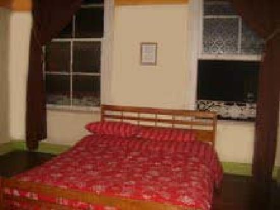 Hostal Donde la Cucha: habitacion No. 1 $15.000