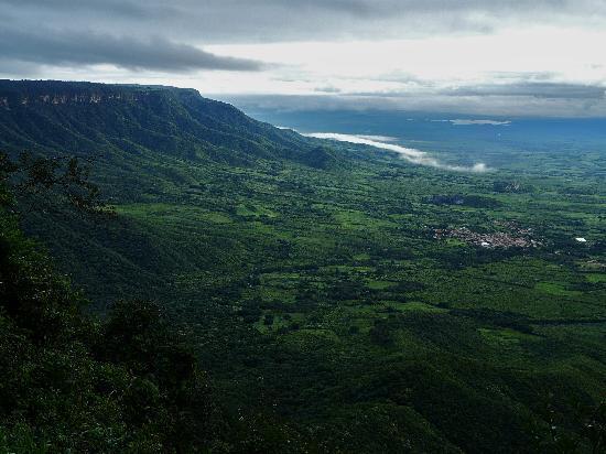 Ubajara, CE: View of the village of Araticum from Sítio do Alemão